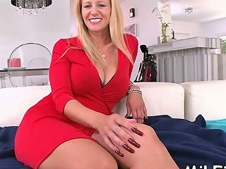 Luscious Holly Banged Doggystyle